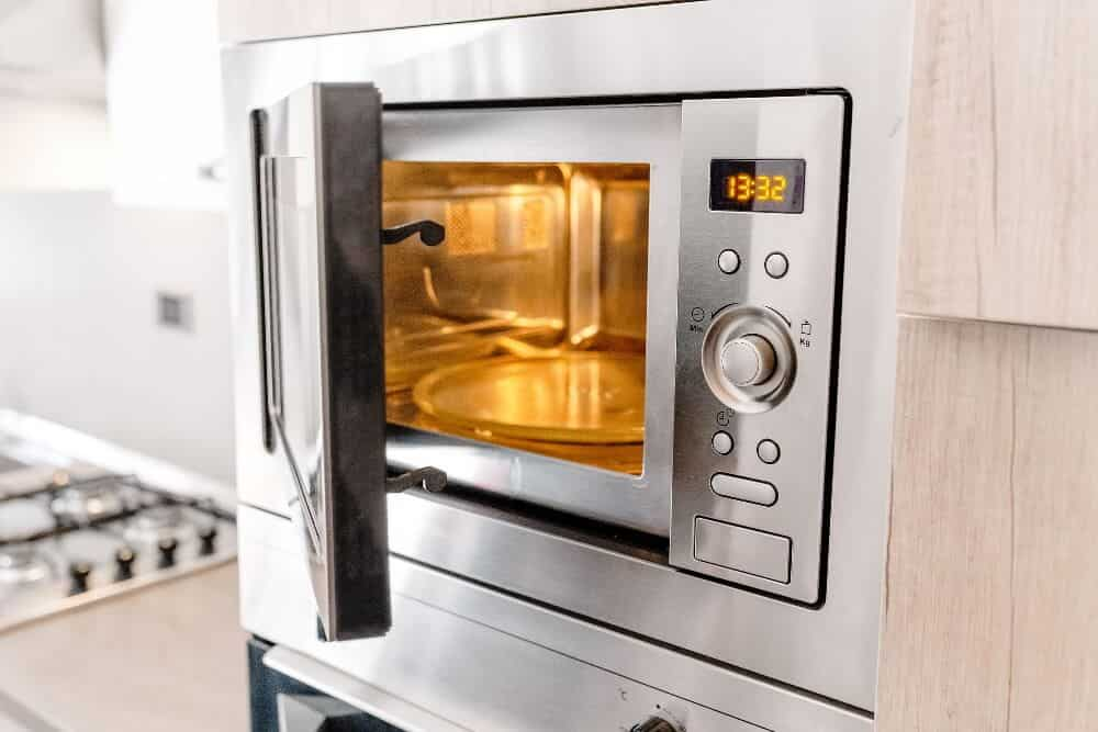Microwave-Ovens-Buyers-guide-min